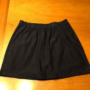 Nike Navy blue tennis skirt, S